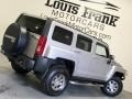 Hummer H3  Boulder Gray Metallic photo #5