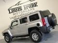 Hummer H3  Boulder Gray Metallic photo #18