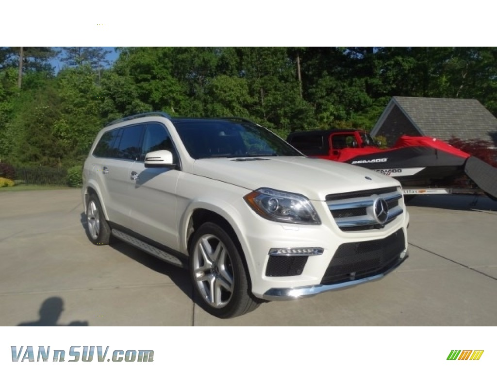 designo Diamond White Metallic / Auburn Brown/Black Mercedes-Benz GL 550 4Matic