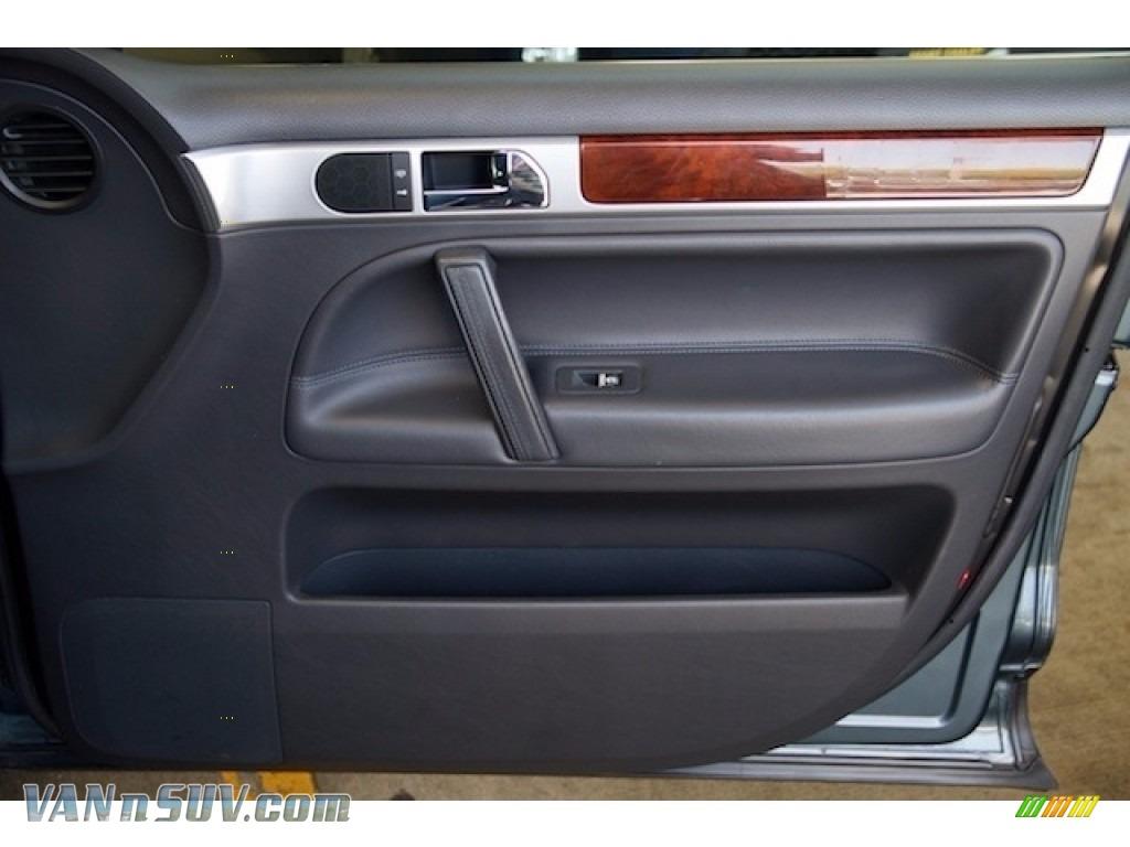 2004 Touareg V6 - Offroad Grey Metallic / Anthracite photo #26