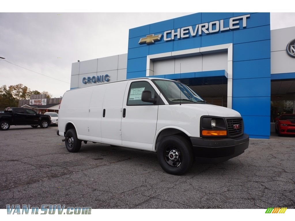 Summit White / Neutral GMC Savana Van 2500 Cargo