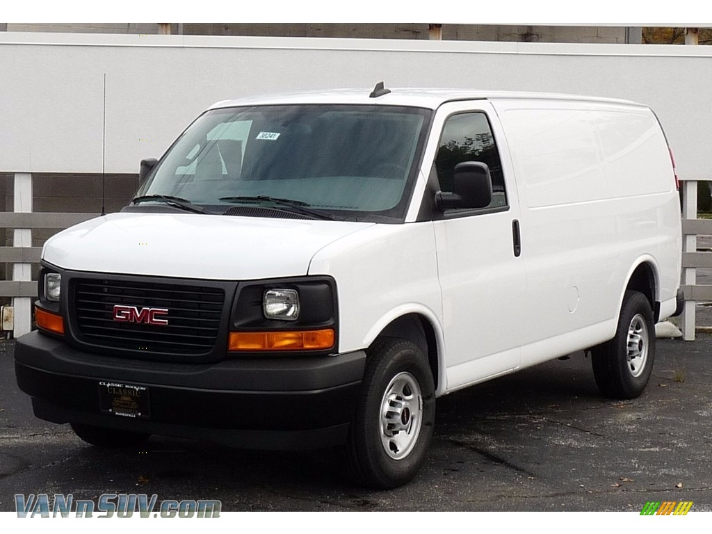 Summit White / Medium Pewter GMC Savana Van 2500 Cargo
