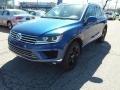 Volkswagen Touareg V6 Wolfsburg Reef Blue Metallic photo #1