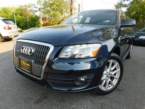 Deep Sea Blue Pearl Effect 2011 Audi Q5 2.0T quattro