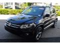 Volkswagen Tiguan Sport Deep Black Pearl photo #4