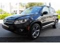Volkswagen Tiguan Sport Deep Black Pearl photo #5