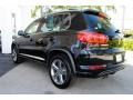 Volkswagen Tiguan Sport Deep Black Pearl photo #7