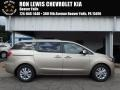 Kia Sedona LX Beechwood Pearl photo #1