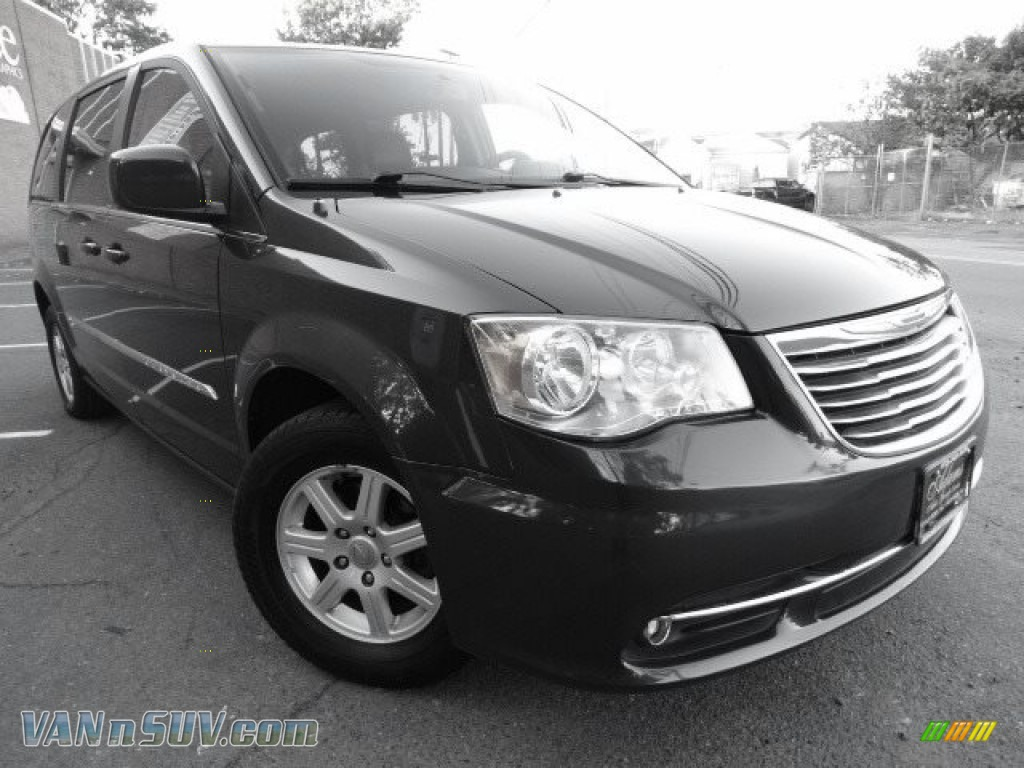2012 Town & Country Touring - Dark Charcoal Pearl / Black/Light Graystone photo #1