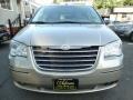 Chrysler Town & Country Limited Light Sandstone Metallic photo #2