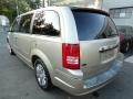 Chrysler Town & Country Limited Light Sandstone Metallic photo #5