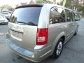Chrysler Town & Country Limited Light Sandstone Metallic photo #7