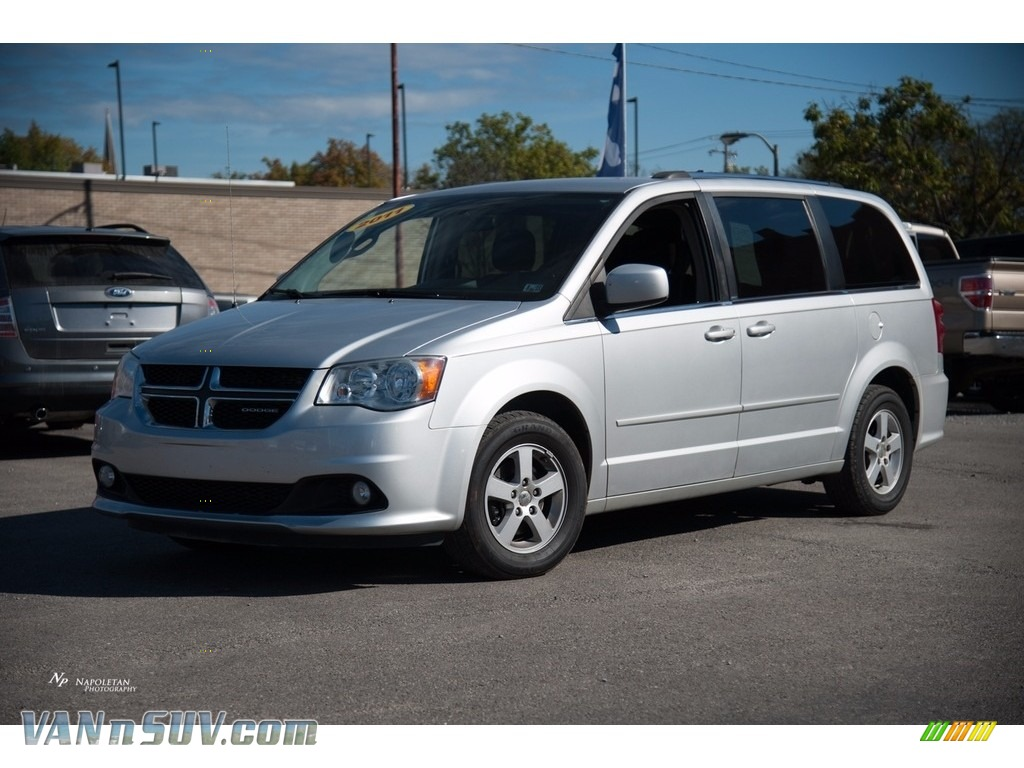 2011 Grand Caravan Crew - Bright Silver Metallic / Black/Light Graystone photo #1