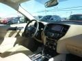 Nissan Pathfinder SV 4x4 Magnetic Black photo #11