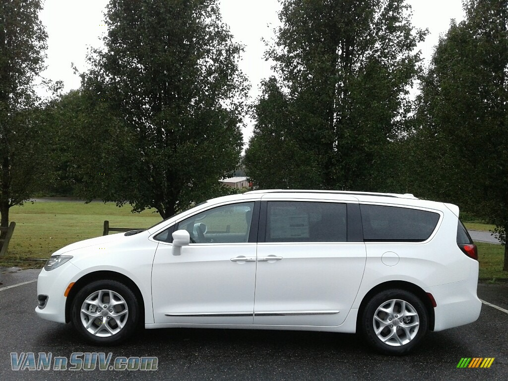 2018 Pacifica Touring L - Bright White / Cognac/Alloy/Toffee photo #1