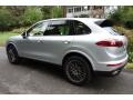 Porsche Cayenne Platinum Edition Rhodium Silver Metallic photo #4