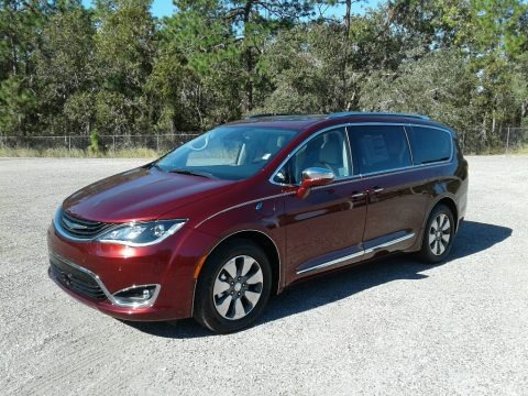 Velvet Red Pearl 2018 Chrysler Pacifica Hybrid Limited
