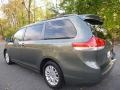 Toyota Sienna XLE Cypress Green Pearl photo #3