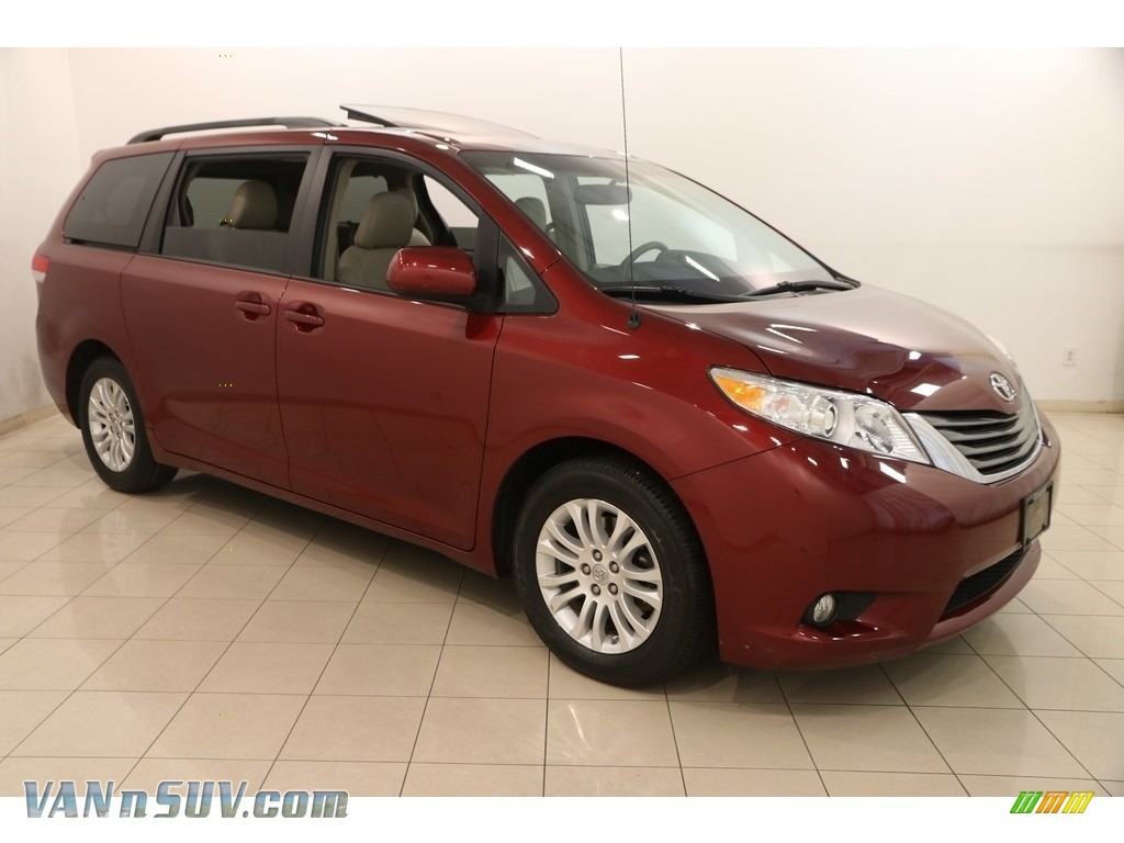 2013 Sienna XLE - Salsa Red Pearl / Bisque photo #1