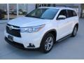 Toyota Highlander XLE Blizzard Pearl White photo #3