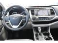 Toyota Highlander XLE Blizzard White Pearl photo #23