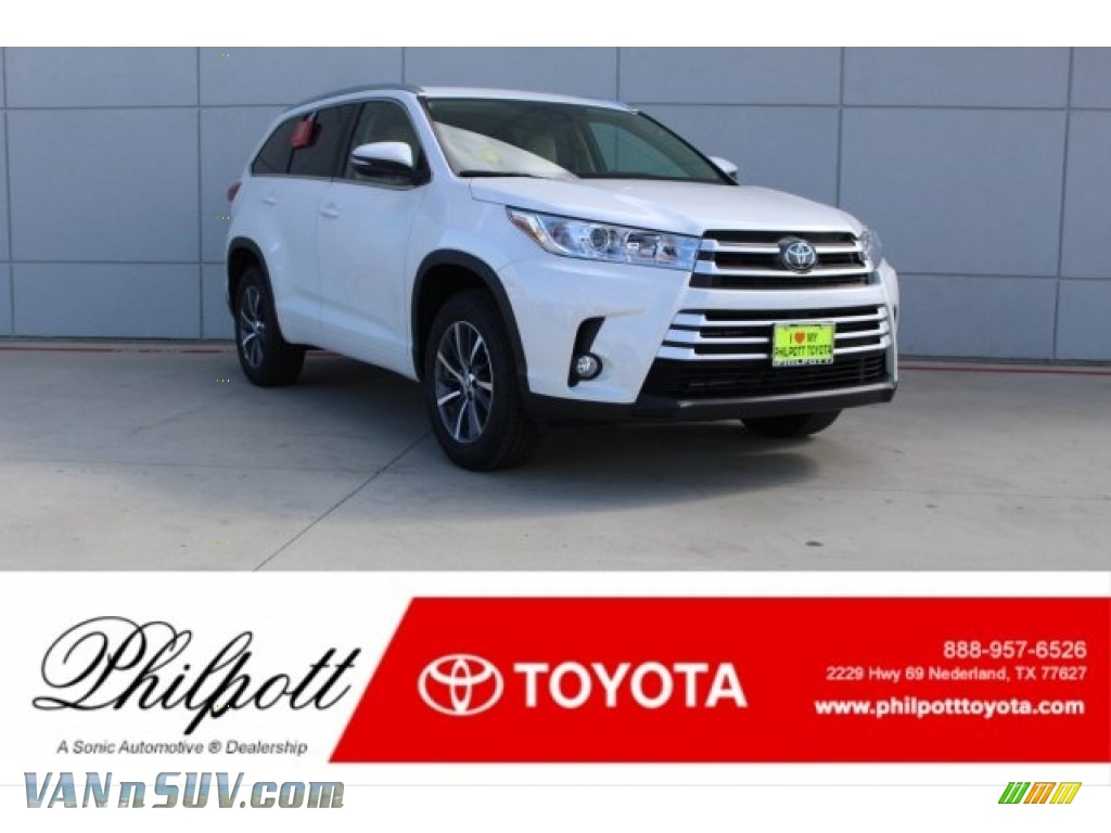 2018 Highlander XLE - Blizzard White Pearl / Almond photo #1