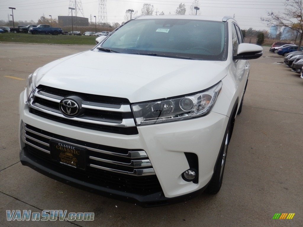 Blizzard White Pearl / Saddle Tan Toyota Highlander Limited AWD