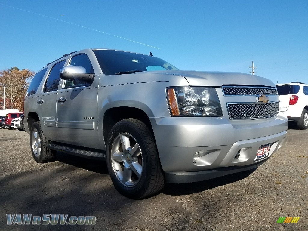 Silver Ice Metallic / Ebony Chevrolet Tahoe LS 4x4