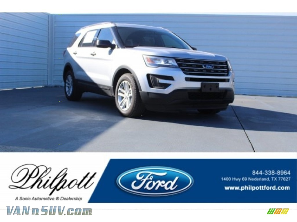 2017 Explorer FWD - Ingot Silver / Medium Light Camel photo #1