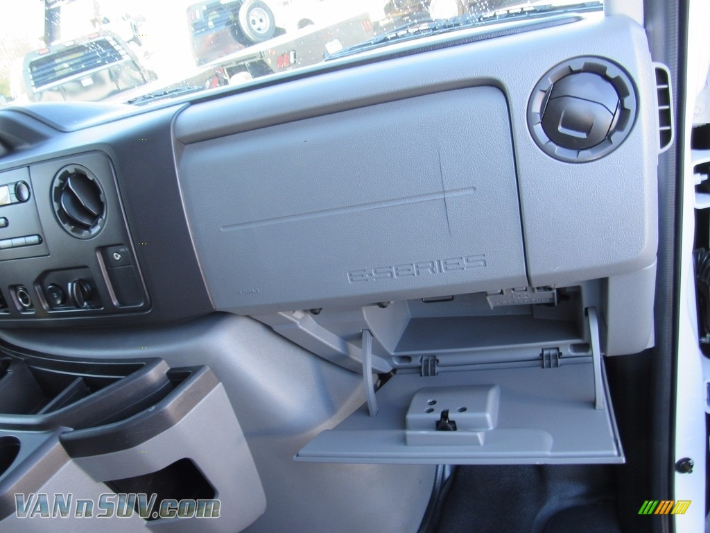 2012 E Series Van E250 Cargo - Oxford White / Medium Flint photo #29