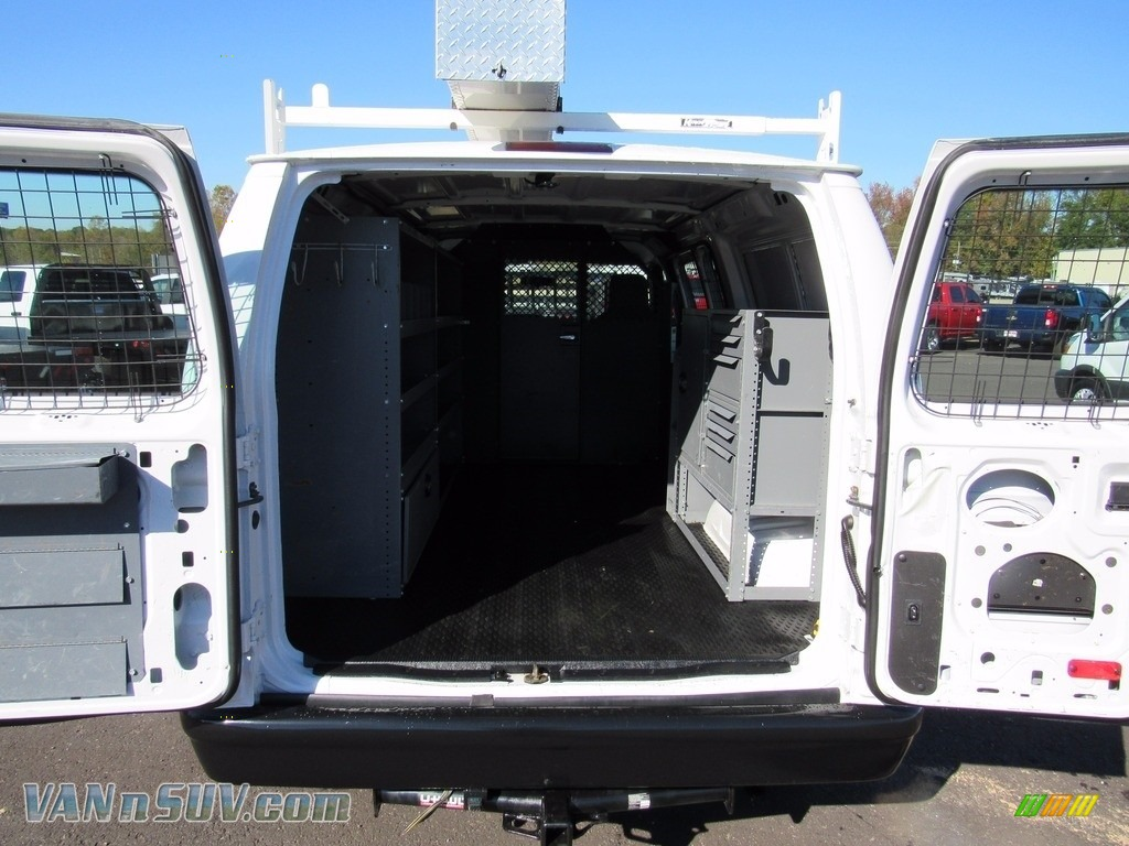 2012 E Series Van E250 Cargo - Oxford White / Medium Flint photo #37