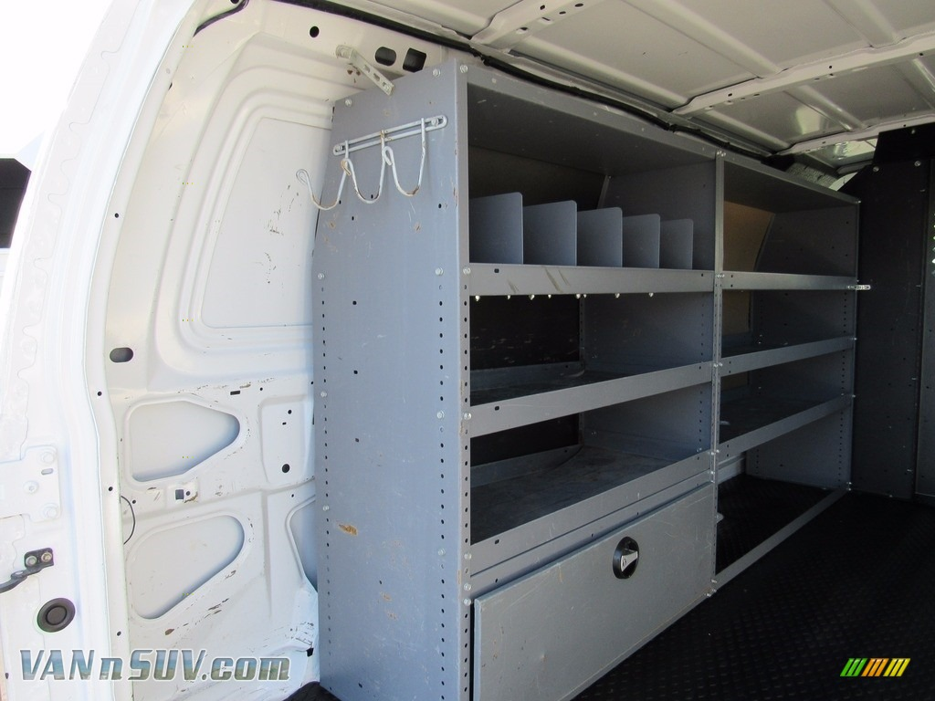 2012 E Series Van E250 Cargo - Oxford White / Medium Flint photo #39