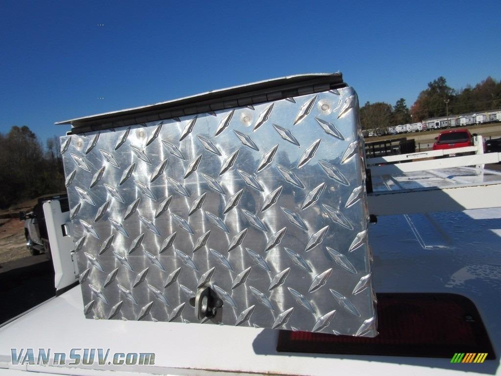 2012 E Series Van E250 Cargo - Oxford White / Medium Flint photo #44