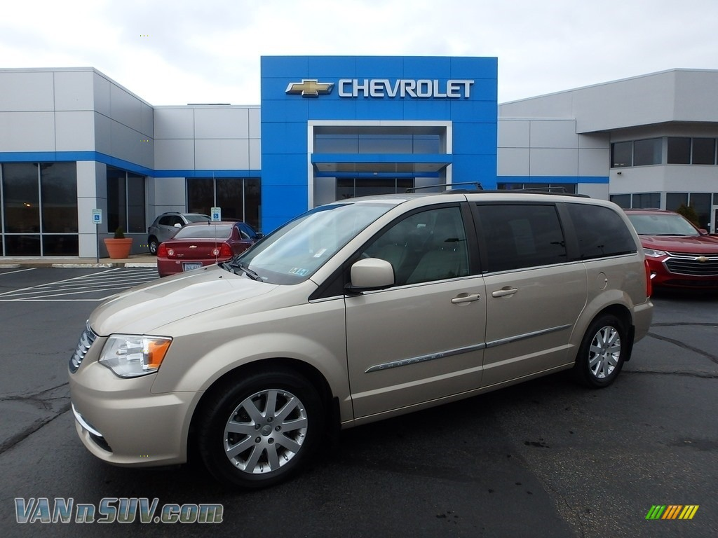 2012 Town & Country Touring - Cashmere Pearl / Dark Frost Beige/Medium Frost Beige photo #1