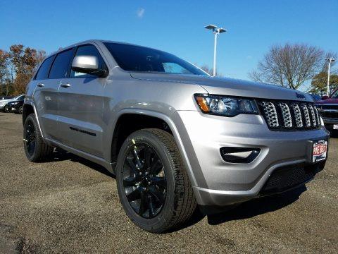 Billet Silver Metallic 2018 Jeep Grand Cherokee Altitude 4x4