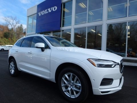 Crystal White Metallic 2018 Volvo XC60 T5 AWD