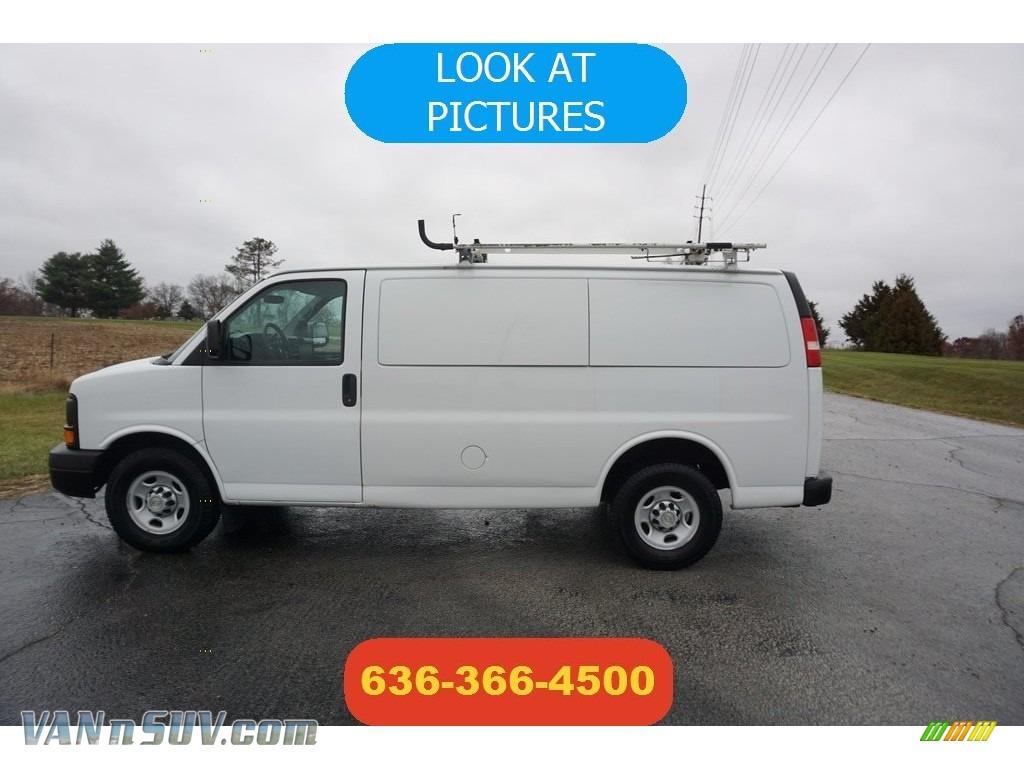 2010 Express 2500 Work Van - Summit White / Medium Pewter photo #1