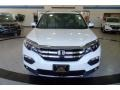 Honda Pilot Touring AWD White Diamond Pearl photo #3