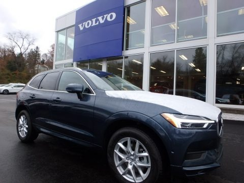Denim Blue Metallic 2018 Volvo XC60 T5 AWD