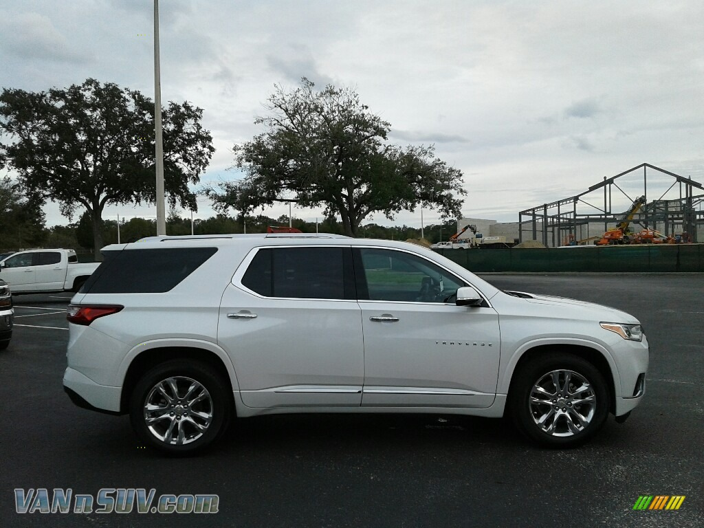 2018 Traverse High Country AWD - Iridescent Pearl Tricoat / High Country Jet Black/Loft Brown photo #6