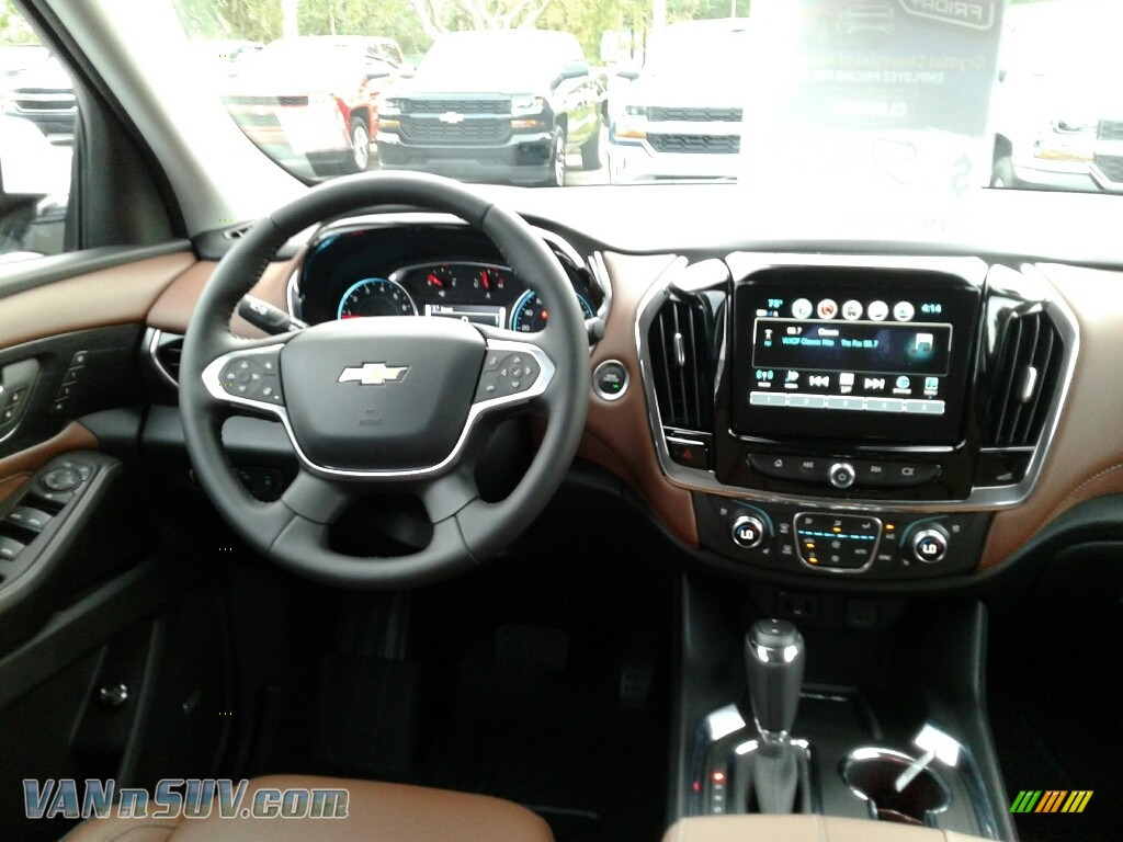 2018 Traverse High Country AWD - Iridescent Pearl Tricoat / High Country Jet Black/Loft Brown photo #13