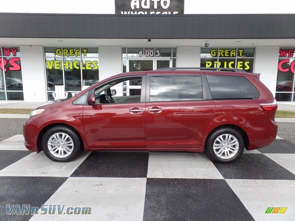 2017 Sienna XLE - Salsa Red Pearl / Ash photo #1