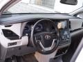 Toyota Sienna XLE Blizzard White Pearl photo #15