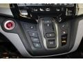 Honda Odyssey Touring Crystal Black Pearl photo #22