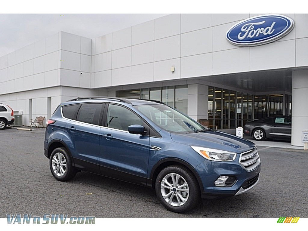 2018 Escape SE - Blue Metallic / Medium Light Stone photo #1