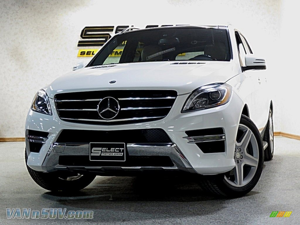 Polar White / Almond Beige/Mocha Mercedes-Benz ML 350 4Matic