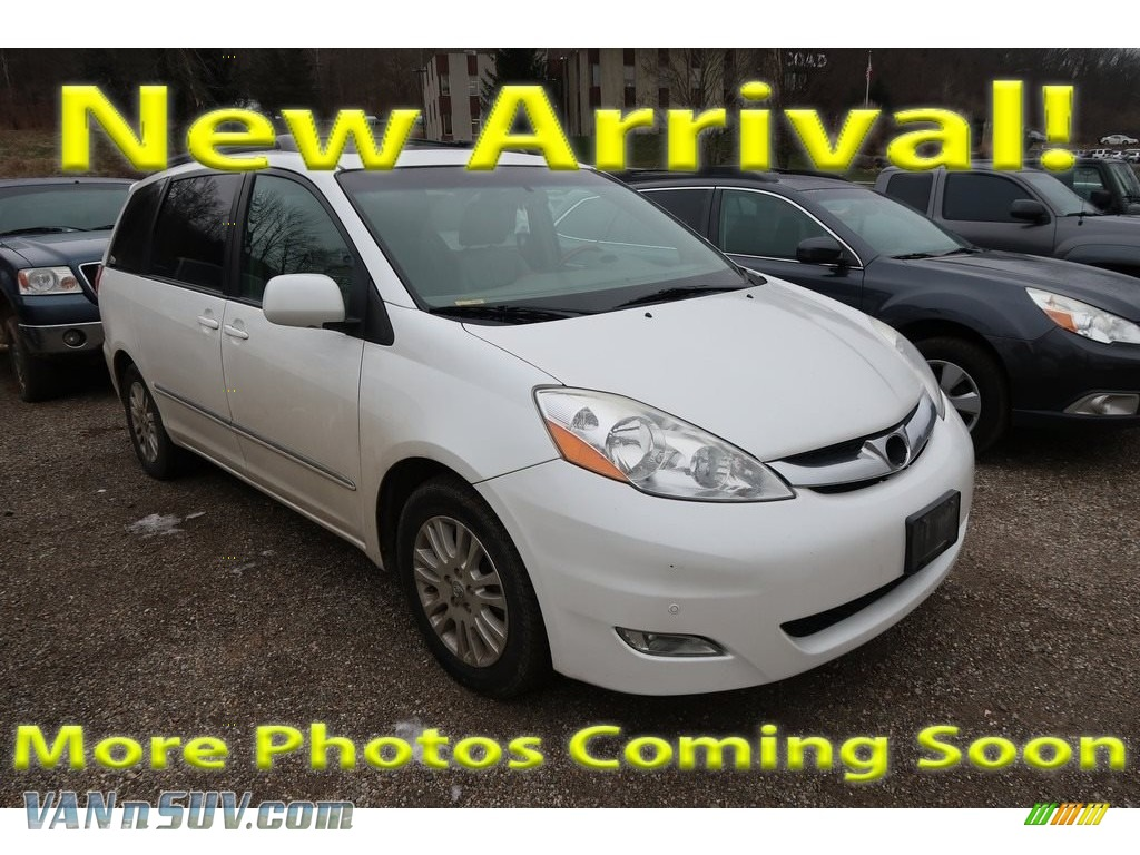 2010 Sienna XLE - Super White / Taupe photo #1