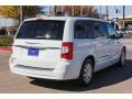 Chrysler Town & Country Touring Bright White photo #7
