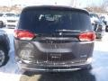 Chrysler Pacifica Limited Granite Crystal Metallic photo #3