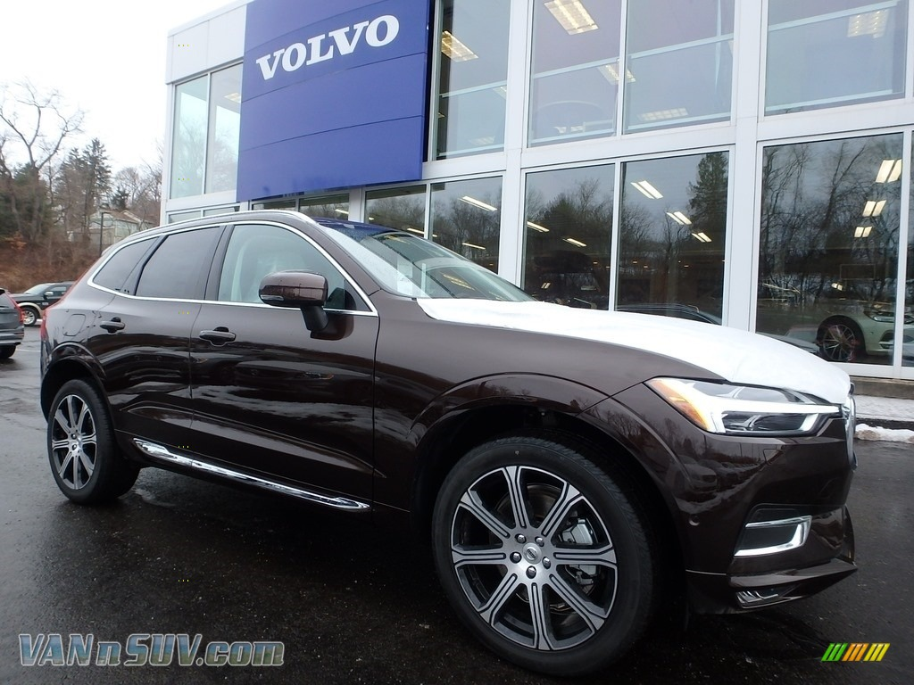 Maple Brown Metallic / Blonde Volvo XC60 T6 AWD Inscription